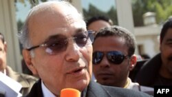 Former Egyptian Prime Minister Ahmed Shafiq speaks to reporters in Cairo in March after registering his planned candidacy for the presidential election.