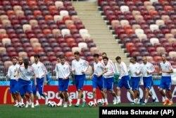 آخرین تمرین بازیکنان روسیه در روز چهارشنبه ۲۳ خرداد در ورزشگاه لوژنیکی، محل برگزاری بازی افتتاحیه
