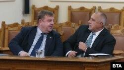Министерот Красимир Каракачанов и премиерот Бојко Борисов