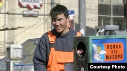 Молодогвардейцы ценят труд приезжих, но считают, что российские граждане не хуже гастарбайтеров могут работать на стройках и вывозить мусор