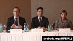 Посматрачката мисија на ОБСЕ, на чело со Антонио Милошоски