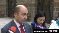 «Լուսավոր Հայաստան» խմբակցության ղեկավար Էդմոն Մարուքյան