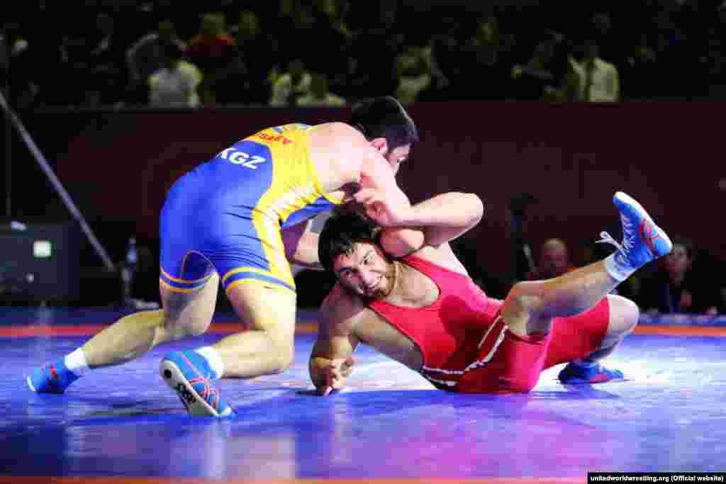 Мусаев на пути к медали и лицензии поборол спортсменов из Японии, Узбекистана, Индии.