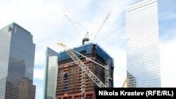 Мемориал на месте терактов 11 сентября 2001 года в Нью-Йорке