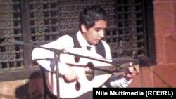 العازف الشاب يوسف عباس