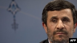 "Irania President Mahmud Ahmadinejad says that the GEneva talks would be more ""fruitful"" if countries gave up sanctions against Iran."