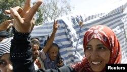 Тавакуль Карман в палаточном городке протестующих