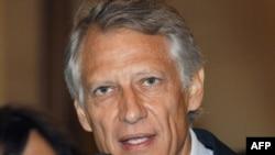 Бывший премьер-министр Франции Доминик де Вильпен после судебного заседания