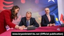 Haradinaj dhe Rama pas takimit të përbashkët të dy qeverive nënshkruan 12 marrëveshje bashkëpunimi