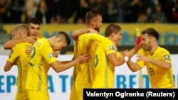 України достроково вийшла на Євро-2020 з першого місця в групі