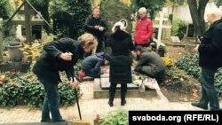 Талака на месцы пахаваньня прэзыдэнтаў Рады БНР у Празе ФОТА