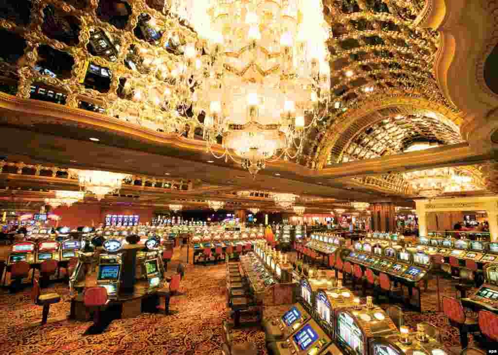 Тадж-Махал казино в Атлантік-Сіті адреса казино Shangrila