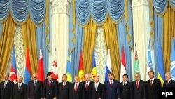 Грузия расмийлари бундан буён МДҲ доирасида ўтказилажак саммитларга мутлақо қатнашмайдилар.