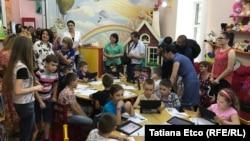 """Chișinău """" Novateca"""", programul de educare IT a tinerilor, lansat de bbiblioteca """"Ion Creangă"""""""