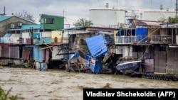 От стихии пострадали десятки тысяч жителей края