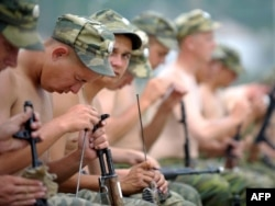 Soldaţi ruşi la Tskhinvali