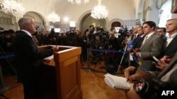 Նորվեգիա - Նոբելյան կոմիտեի նախագահ Թորբյորն Յագլանդը հայտարարում է Խաղաղության Նոբելյան մրցանակը Եվրամիությանը շնորհելու մասին, Օսլո, 12-ը հոկտեմբերի, 2012թ.