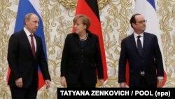 Зліва направо: Володимир Путін, Ангела Меркель, Франсуа Олланд (фото архівне)