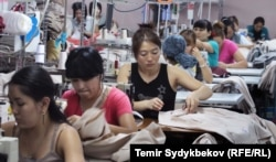 Кыргызстан, швейный цех.