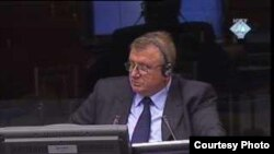 Milorad Davidović na suđenju Mići Stanišiću i Stojanu Župljaninu