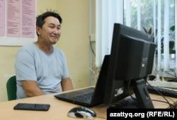 Журналист и главный редактор газеты «Уральская неделя» Лукпан Ахмедьяров. Уральск, 23 июня 2020 года.