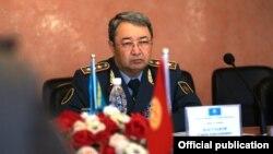 Министр обороны Сакен Жасузаков. Бишкек, 25 июля 2018 года.