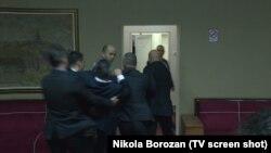 Неколкумина пратеници биле отстранети од Парламентот на Црна Гора