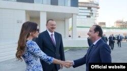 Fransa prezidentinin Bakı səfərindən fotolar