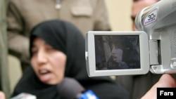 زیبا احمدی، همسر علیرضا عسگری ، معاون وزیر دفاع سابق جمهوری اسلامی ایران