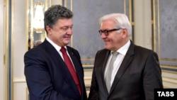 Петро Порошенко та Франк-Вальтер Штайнмайєр, архівне фото