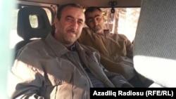 Heybət Əmrah və Fikrət Əliyev polis maşınında (10 may 2013)