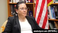 لیسلی ساو، مشاور ارشد میز ایران در وزارت امور خارجه آمریکا،