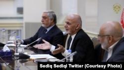 آرشیف، محمد اشرف غنی رئیس جمهور و عبدالله عبدالله رئیس شورای عالی مصالحه ملی افغانستان