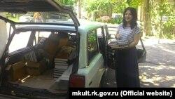 Сім'я кримського вченого подарувала книжковий архів кримськотатарській бібліотеці