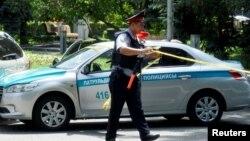 Полиция қызметкері (Көрнекі сурет).