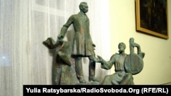Проект пам'ятника Дмитрові Яворницькому в Дніпрі