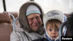 Дебальцеве: в евакуацію. Фото 4 лютого 2015 року