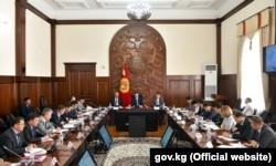 Совещание правительства под руководством Мухаммедкалыя Абылгазиева, 28 августа.