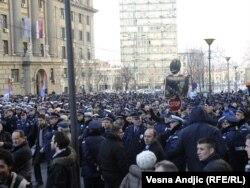 Protest policajaca, 26. decembar 2011.