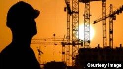 در حال حاضر، حداقل دستمزد ماهانه کارگران ۹۳۰ هزار تومان است.