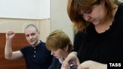 Сергей Удальцов и Виолетта Волкова в суде