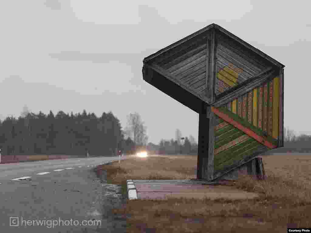 Эстонияның Коотси ауданындағы аялдама. Кристофер Хервиг түсірген сурет