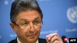 Юрій Сергеєв на прес-конференції у штаб-квартирі ООН, Нью-Йорк, 23 травня 2014 року