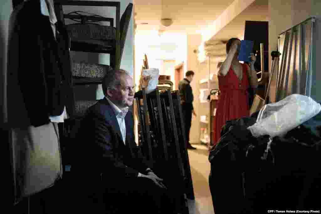 """Нынешний президент Словакии Андрей Киска во время предвыборной кампании. Первый приз в категории """"Люди в новостях"""", автор - Томаш Галаш (mono.ck)"""