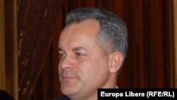 Vladimir Plahotniuc a apărut pe lista electorală a PD pe 20 noiembrie, în ultima zi în care se mai puteau face modificări în listele de candidați