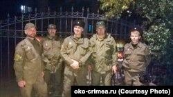 Казаки з організації «Станиця Донська» під час нічного рейду в Ялті