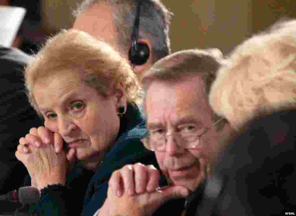 Former U.S. Secretary of State Madeleine Albright (left) joins Havel at his Forum 2000 Conference in Prague in October 2007.