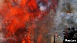"""Столкновения в Венесуэле во время выборов в """"Конституционную ассамблею"""". Каракас, 30 июля 2017 года."""