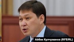 Сапар Исаков, Қырғызстан экс-премьері.