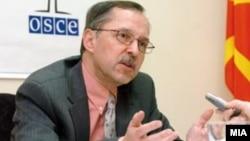 Питер Ајкер, шеф на мисијата на ОДИХР
